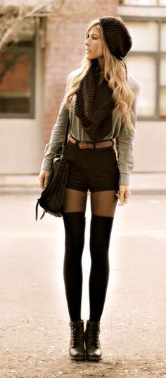 Love them over the knee socks outfit combination Sadly I'm not tall enough for this. Fashion Mode, Look Fashion, Girl Fashion, Fashion Trends, Fashion Styles, Petite Fashion, Modern Fashion, Street Fashion, Fashion Tips