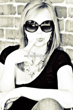 senior picture ideas for girls | senior portrait senior pictures girl poses poses for girls senior ...
