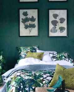 """Décor vert chatoyant avec le motif """"Canopy"""" de Christian Lacroix"""