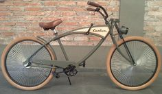 Ähnliches Foto Beach Cruiser Bikes, Cruiser Bicycle, Beach Cruisers, Bicycle Helmet, Bicycle Paint Job, Bicycle Painting, Vintage Bicycle Parts, Vintage Bicycles, Bici Retro