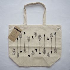 Arrow Cotton Tote > BRICKYARD BUFFALO