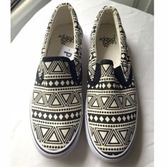 For Sale: NEW Aztec Print Slip-on Shoes for $11