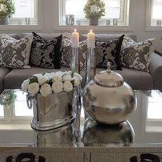 Ha en fin lørdagskveld mine fine følgere 💖💖💖 #interior123#inspire_me_home_decor #dream_interiors #classyinteriors #hem_inspiration #finehjem #passion4interior #myhome #interior_and_decor #interiorharmoni #interiorstyled #interior_and_living #interior125#charminghomes #hem_inspiration #interiors #decorations #homesweethome #interior4you1 #interior9508 #the_real_house_of_ig #wonderfulrooms #thestyleluxe #instahome#glam