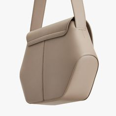 Small Leather Bag, Cow Leather, Leather Purses, Leather Handbags, Leather Bags, How To Make Handbags, Crossbody Shoulder Bag, Crossbody Bags, Fashion Bags