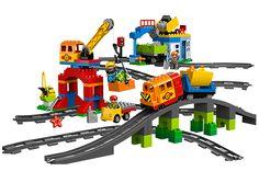 Transportiere die DUPLO® Steine mit dem LEGO® DUPLO® Eisenbahn Super Set!