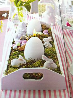 Beautiful tray arrangement for Easter