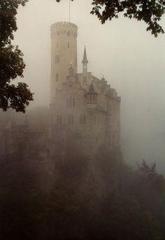 Castle venue for a medieval wedding #Medieval #Renaissance