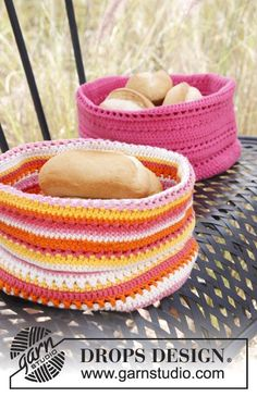 Can be made in Christmas colors, Easter colors, for the bathroom, as a breadbasket - anything is possible!