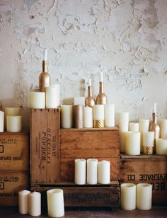White and gold candle decor for your wedding. Stunning!