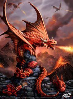 Ilustración de Anne Stokes. Madre dragón defiende a sus crias y huevos escupiendo fuego desde una roca negra. Más info sobre Anne Stokes y sus ilustraciones en el blog de puzzlemania.net