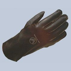 """Authentic USAAF Type B-3 Flying Gloves.  Hard to find summer flying gloves.  Brown leather gloves short gauntlet style, insides are marked as the originals with USAAF logo and typed """"ARMY AIR FORCES"""". Made of Capeskin, imported. www.flightjacket.com"""