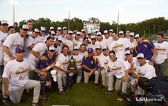 Did you know that LSU Baseball is ranked #1 by Collegiate Baseball, USA-Today, Perfect Game & National Collegiate Baseball Writers Association? The Tigers are #2 in this week's Baseball America rankings too! #GeauxTigers
