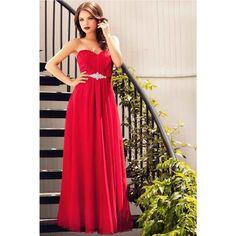 Rochie eleganta lunga rosie cu aplicatie  O femeie in rochie rosie este o femeie frumoasa. Pentru cele mai speciale aparitii la ocaziile acestei veri, iti recomandam rochia de seara lunga rosie cu aplicatie. Confectionata din voal de matase si cu cupe, rochia iti urmareste discret liniile corpului Strapless Dress Formal, Prom Dresses, Formal Dresses, Red, Shopping, Women, Fashion, Moda Femenina, Dresses For Formal