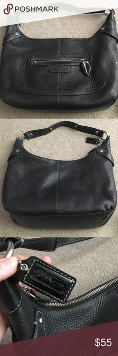 Coach bag! Coach leather shoulder purse. Zipper pocket in the front and one zipper pocket inside Coach Bags Shoulder Bags
