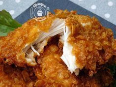 Poulet ultra croustillant façon KFC - The Best Sea Recipes Meat Recipes, Healthy Dinner Recipes, Chicken Recipes, Cooking Recipes, Pollo Kfc, Kfc Style Chicken, Hen Chicken, Food Porn, Good Food