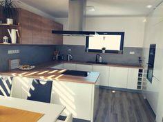 Kuchyně - Inspirace | Modrastrecha.cz Diy Kitchen Storage, Corner Desk, Kitchen Cabinets, New Homes, Table, House, Inspiration, Furniture, Home Decor