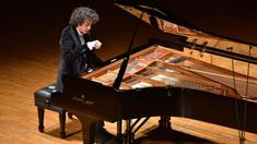 piano competition - Google Search Piano Bar, Piano Competition, Jazz, Mozart, Blues, Partition, Grand Piano, Chant, Acoustic