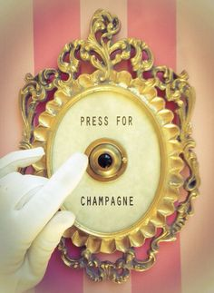 Champagne button? Yes, please!