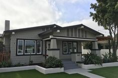 3427 29th St, San Diego, CA 92104 - Photo 4 of 25 Bungalow Homes, Baths, Craftsman, San Diego, Mansions, Architecture, House Styles, Home Decor, Artisan