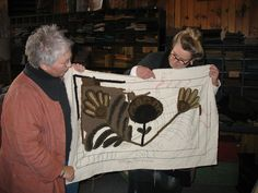 Maggie Bonanomi with Jayne Hester at one of Jayne's workshops.  More nifty neutrals and of course LOVE Maggie's design.