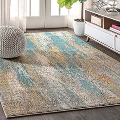 Jonathan Y Contemporary Pop Modern Abstract Vintage Waterfall 4' X 6' Area Rug In Blue Blue/cream - If you find it hard to tell whether this rug was loomed from fiber or painted right on the floor, you're not alone. The designers took inspiration from contemporary art and translated it for everyday spaces, power loomed for maximum durability. Tropical Area Rugs, Blue Area Rugs, Contemporary Area Rugs, Modern Contemporary, Orange Rugs, Rug Material, Blue Brown, Blue Gold, Online Home Decor Stores