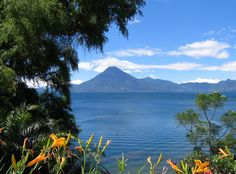 Guatemala surpreendente - LAGO ATÍTLAN