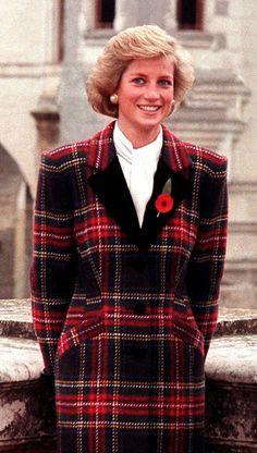 Prinzessin Diana im Tartan Dress