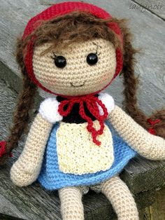 Crocheted Country Girl by ladynoir63, via Flickr.