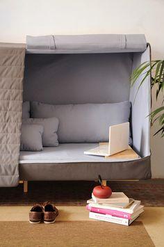 Il divano che si crede una capanna