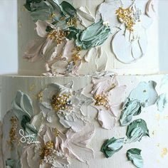 Textured Buttercream Painting Wedding Cakes ~ close-up of palette knife texture