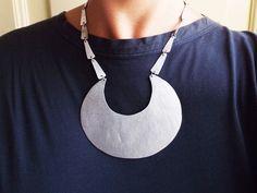 Collane corte - Collana luna in alluminio - un prodotto unico di…