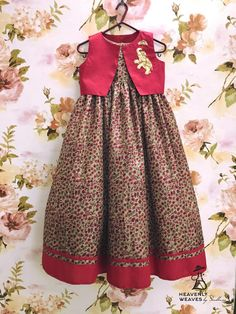 Dress pattern kids daughters ideas for 2019 Frocks For Girls, Dresses Kids Girl, Girls Party Dress, Kids Outfits, Kids Indian Wear, Kids Ethnic Wear, Kids Frocks Design, Baby Frocks Designs, Mommy Daughter Dresses