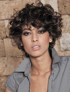 Best Short Hairstyles for Curly Hair - short curly pixie - hair Short Curly Hairstyles For Women, Curly Hair With Bangs, Haircuts For Curly Hair, Hairstyles With Bangs, Curly Hair Styles, Hairstyle Ideas, Hairstyles 2016, Frizzy Hair, Hairstyles Pictures