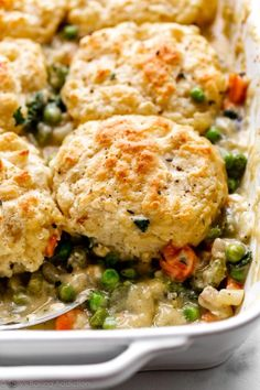 Learn how to make vegetarian vegetable filled pot pie topped with homemade buttery biscuits. Flavorful and satisfying dinner, made with carrots, mushrooms, broccoli, and peas. Vegetable Pot Pies, Vegetable Side Dishes, Real Food Recipes, Chicken Recipes, Cooking Recipes, Pie Recipes, Fall Recipes, Easy Homemade Biscuits, Buttery Biscuits