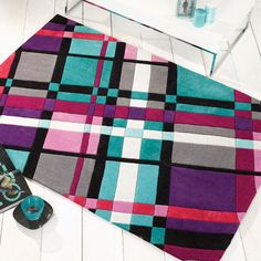 The IInfinite Funky Plaid Rug in Purple are handmade in China with a luxurious, Polyester pile. The Tartan style design offers quality and style. Contemporary Rugs, Modern Rugs, Picnic Blanket, Outdoor Blanket, Tartan, Plaid, Cheap Rugs, Design Crafts, Infinite