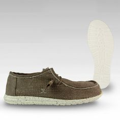 D10401700 - Wally Perforated Tan