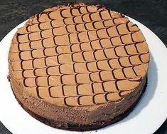 La meilleure recette de Despacito au thermomix! L'essayer, c'est l'adopter! 5.0/5 (3 votes), 3 Commentaires. Ingrédients: génoise: 4 oeufs 100g de sucre 80g de farine 25g de cacao non sucré type van houten 1 sachet de levure 1 sachet de sucre vanillé Mousse au chocolat : 200g de chocolat au lait 100g de chocolat noir 700g de crème liquide à 30% Sirop d'imbibage: 1 cuillère à café de café soluble 100ml de lait 40g de sucre en poudre 1 pointe de couteau de vanille en poudre