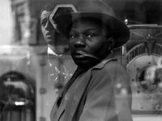Diversity is beautiful: Roy DeCarava. Photographing Blackness.