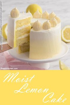 Layer Cake Looking for an easy cake to bake for Mother's Day? Try this easy lemon cake with a yellow ombre buttercream frosting.Looking for an easy cake to bake for Mother's Day? Try this easy lemon cake with a yellow ombre buttercream frosting. Easy Vanilla Cake Recipe, Chocolate Cake Recipe Easy, Easy Cake Recipes, Lemon Cake Recipes, Layer Cake Recipes, Dessert Recipes, Best Lemon Cake Recipe, Cake Recipes From Scratch, Delicious Cake Recipes