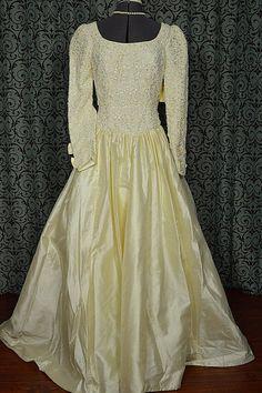1990s Vintage Ivory Silk Wedding Gown w Venise by VintageWedding1