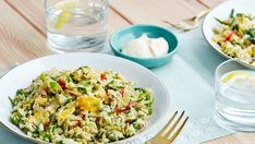 Low-Carb Indonesian Nasi Goreng with Cauliflower - Diet Doctor Low Carb Menus, Low Carb Meal Plan, Diet Meal Plans, Low Carb Diet, Lchf Diet, Ketogenic Diet, Low Carb Vegetarian Recipes, Low Carb Recipes, Diet Recipes