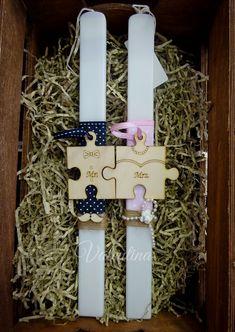 Πασχαλινές Λαμπάδες Mr & Mrs!!! Mr Mrs, Easter Crafts, Christening, Diy And Crafts, Projects To Try, Gift Wrapping, Candles, Holiday Decor, Pink