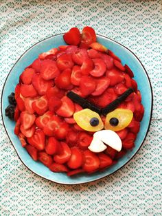 Angry Birds strawberry birthdaycake