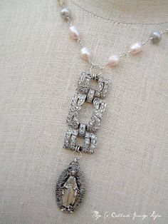 Let It Be - Vintage Repurposed Rhinestone And Religious Medal Necklace With Freshwater Pearls Vintage Jewelry Crafts, Recycled Jewelry, Old Jewelry, Jewelry Art, Antique Jewelry, Beaded Jewelry, Jewelery, Jewelry Design, Jewelry Ideas