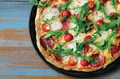 P62g • F25g • C10g // Enjoy pepperoni ? pizza without the carb coma with this awesome recipe using our new Protein Pizza Base mix. Low Carb & Gluten Free Protein Pizza, Protein Bread, Fitness Nutrition, Health And Nutrition, Low Carb Recipes, Bread Recipes, Awesome Recipe, Pepperoni, Recipe Using
