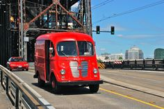 Preserved International Harvester Metro Van in Portland in 2012 - Streamliner - Wikipedia, the free encyclopedia