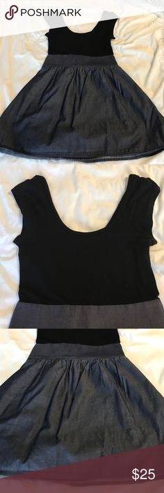 Express dress Fitting dress, has a zipper on the side. Very comfortable for everyday wearing and cute Express Dresses Mini