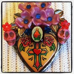 Shop for dia de los muertos on Etsy, the place to express your creativity through the buying and selling of handmade and vintage goods. Brooch, Creative, Handmade, Etsy, Stuff To Buy, Vintage, Design, One Day, Day Of The Dead