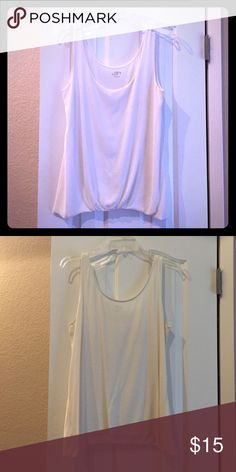 Loft flowy off white top. Great condition. Loose fit. LOFT Tops Tank Tops
