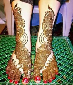 Unique and beautiful henna designs 20 Dulhan Mehndi Designs, Mehandi Designs, Mehendi, Leg Mehndi, Mehndi Designs Feet, Legs Mehndi Design, Mehndi Designs 2018, Stylish Mehndi Designs, Mehndi Design Pictures